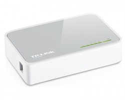 TP-Link Switch 5 porte 10/100 Mbps, desktop, plastic case (TL-SF1005D)